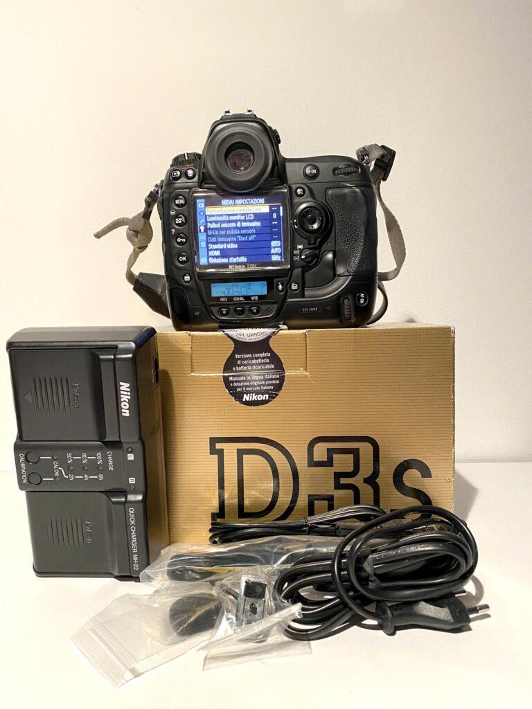 Custodia Subacquea della Sea&Sea MDX PRO D3 + Nikon D3S con soli 92.300 scatti!